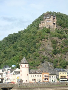 castle & homes along Rhine River